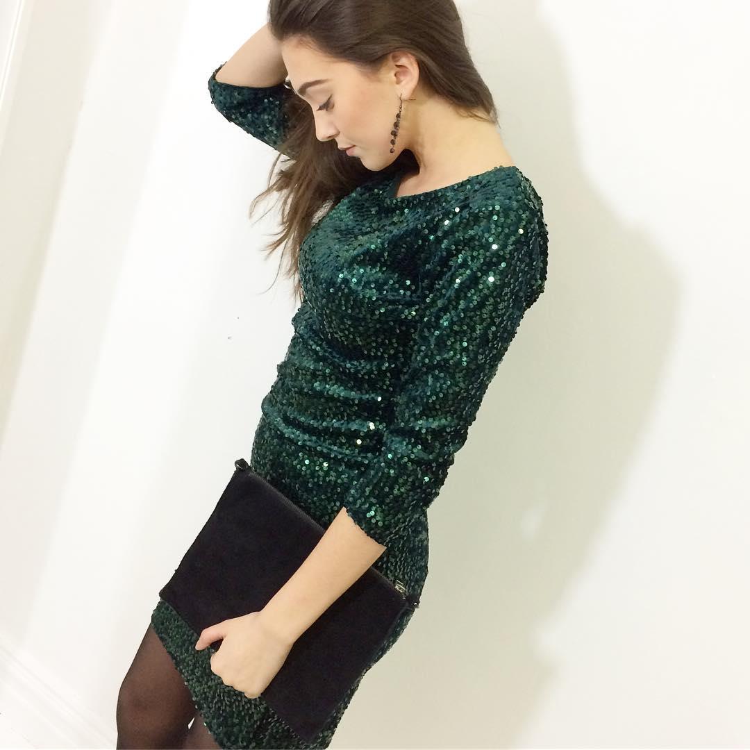 grön glittrig klänning