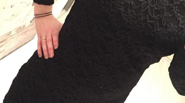 734c7bd7c3a1 ny klänning i spets ** 599kr ihop med bud to rosé snyggt halsband