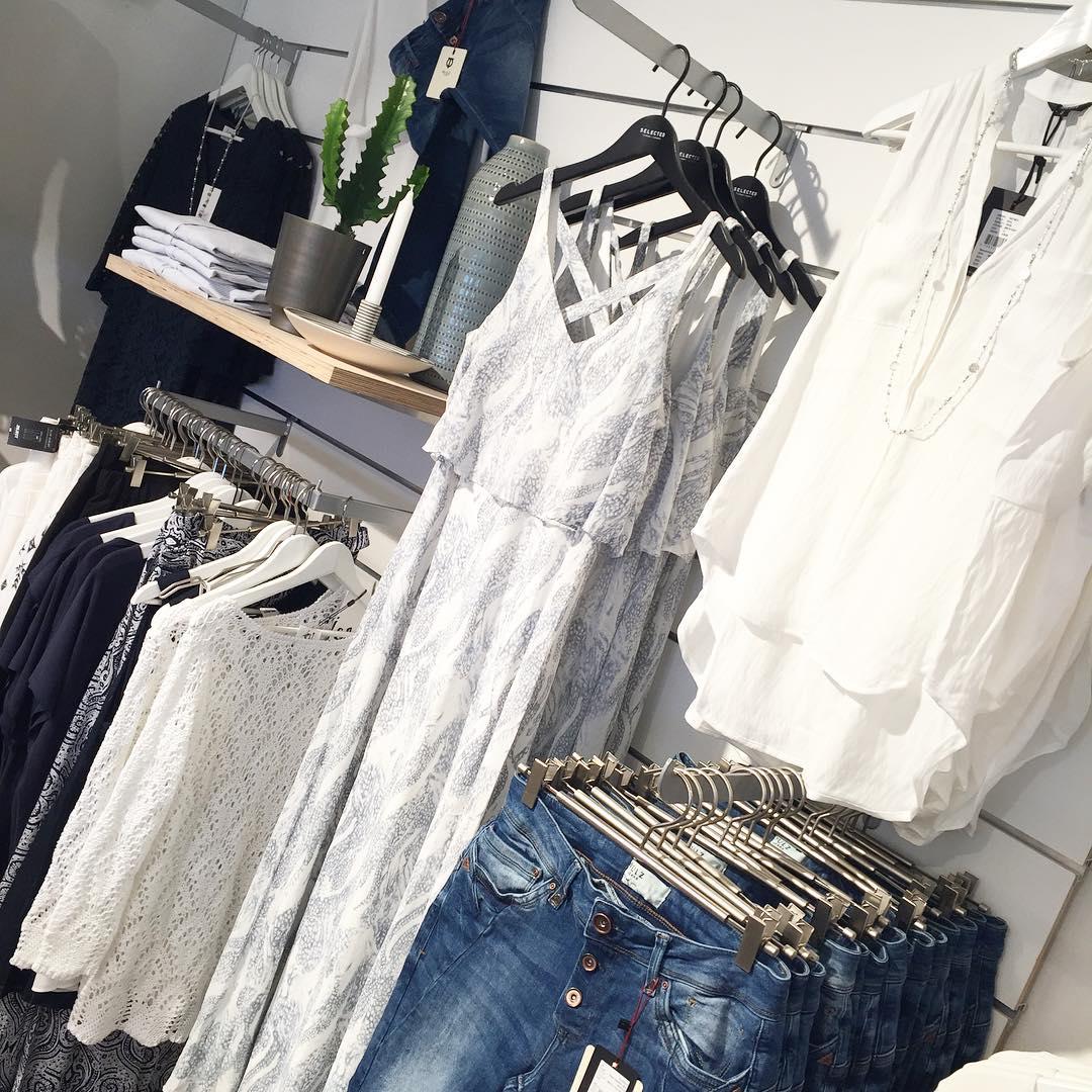 f426849a5868 LÅNGKLÄNNING ** Härlig ny klänning från Vila 550kr Härlig till bröllop fest  och